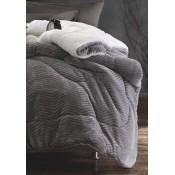 Κουβέρτα Μονή